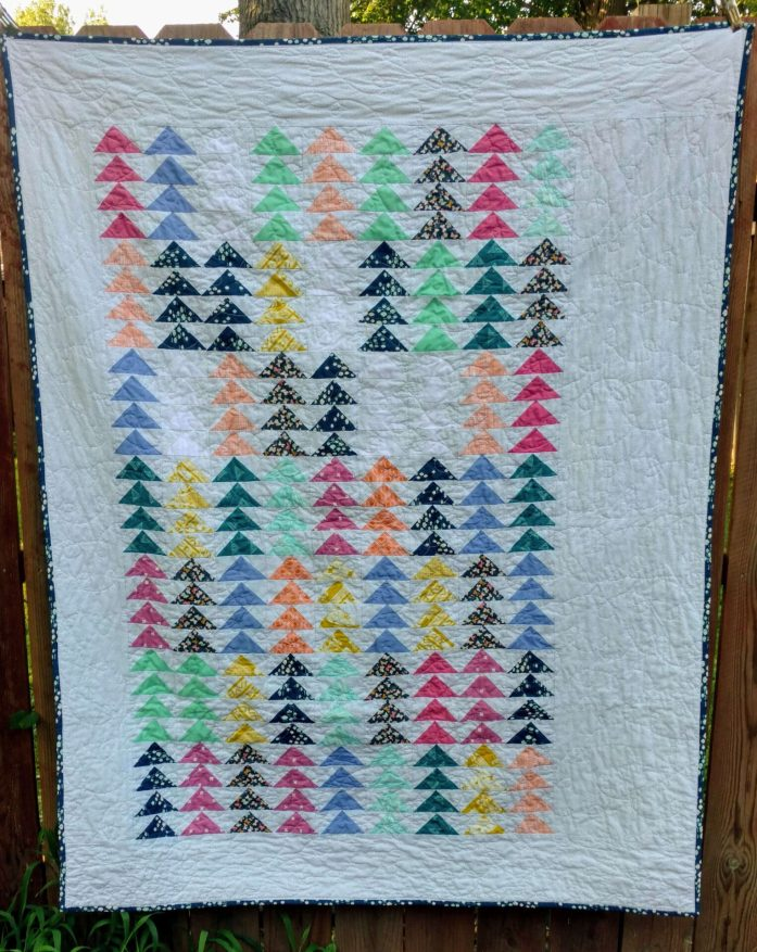 geese a flutter quilt, baby girl quilt, quiltytherapy
