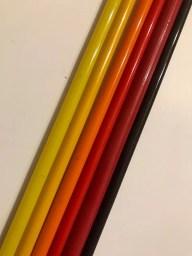 Vidrio de borosilicato coloreado con compuestos de cadmio.