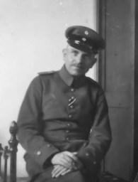 Otto Hanh en Uniforme 1915