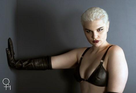 Blonde Grey back Leather gloves