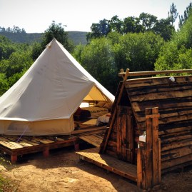 Riverside Deluxe Shelter