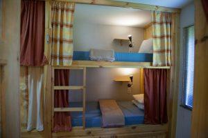 Camarata / Dormitório Misto: Camas
