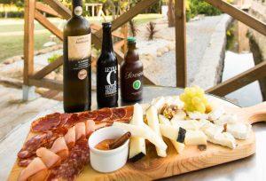 Restaurante: Tábua de Queijos e Enchidos + Cerveja Artesanal