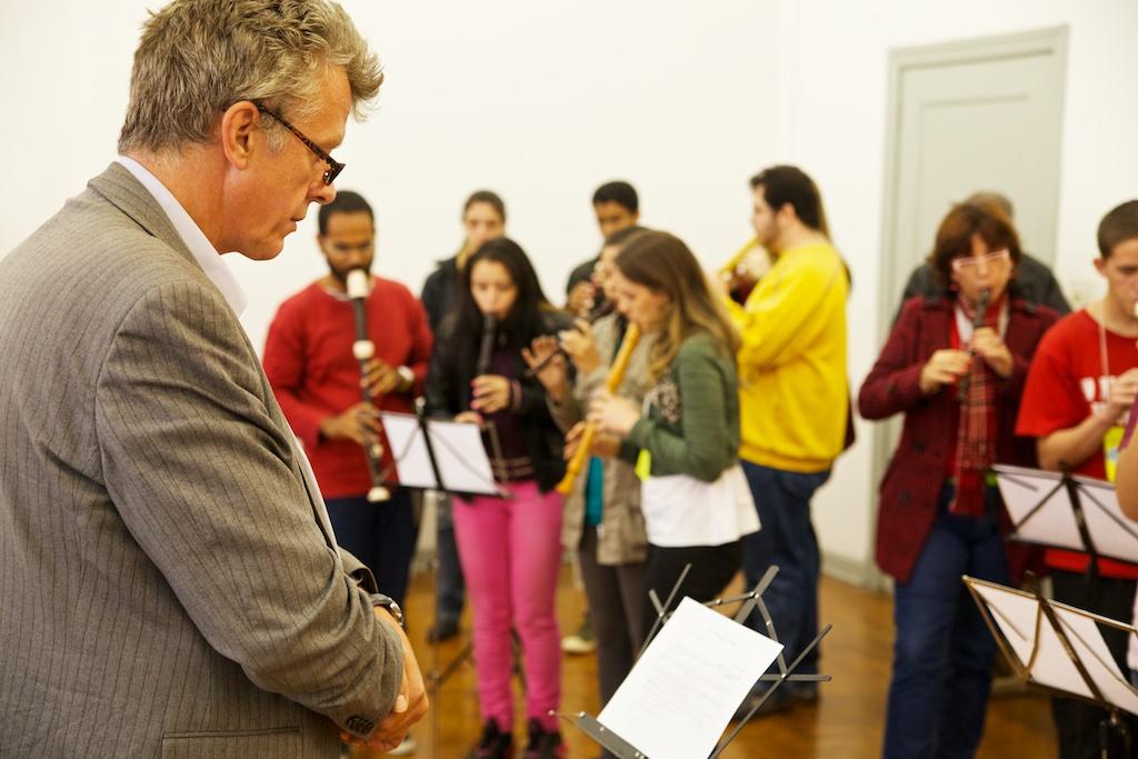 Paul Leenhouts e a prática coletiva da flauta doce