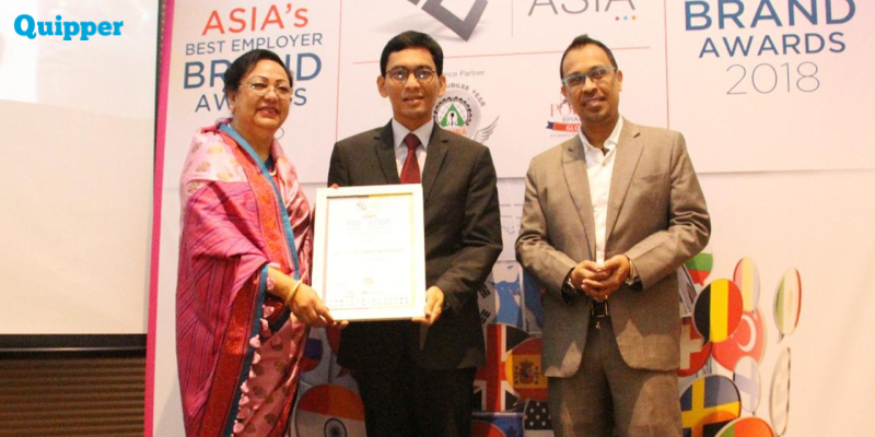 Bangga! Dosen Perbanas Raih Penghargaan Asia Best Education Leader!