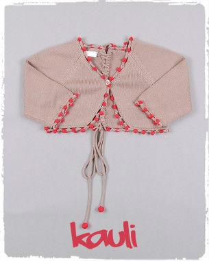 chaqueta-de-punto-con-trenzado-color-marron-marca-kauli