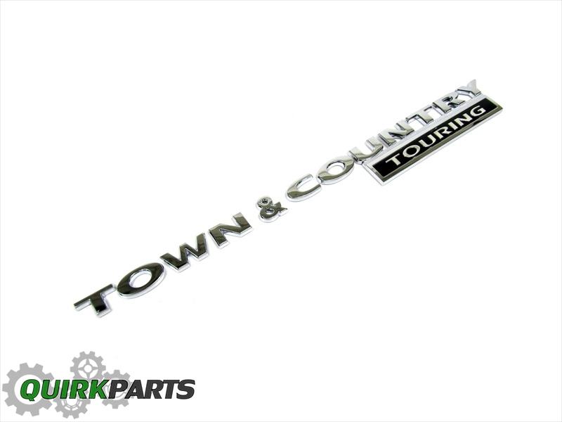 08-10 Chrysler Town & Country 3D CHROME EMBLEM BADGE