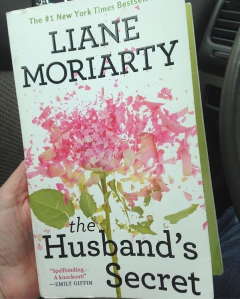 """""""The Husband's Secret"""" by Liane Moriarty"""
