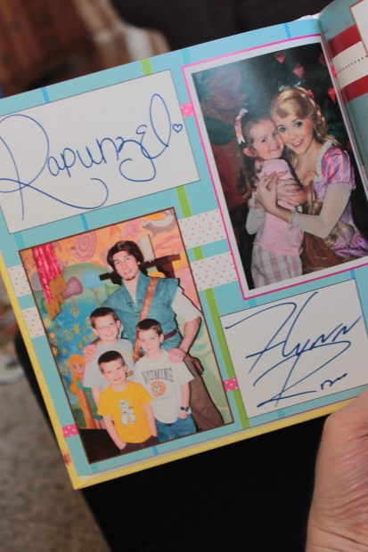 Rapunzel and Flynn photo and autograph page