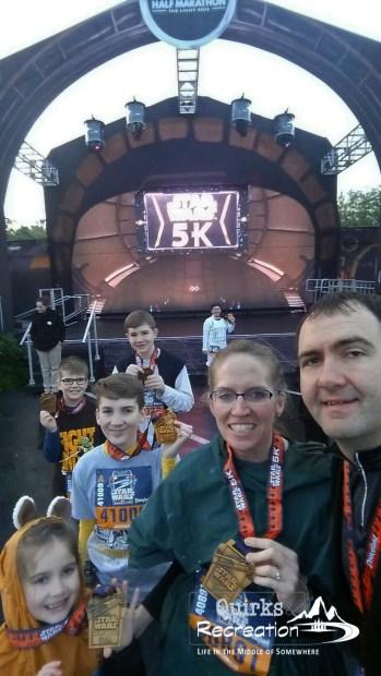 run disney family selfie