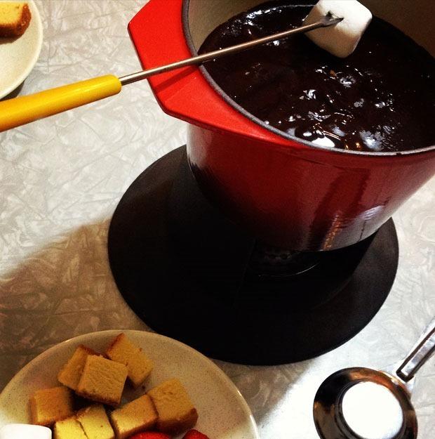 dairy-free-chocolate-fondue