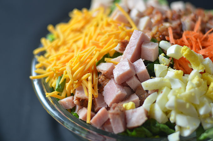 This chef salad recipe is a deliciously easy recipe that is punched with flavor!