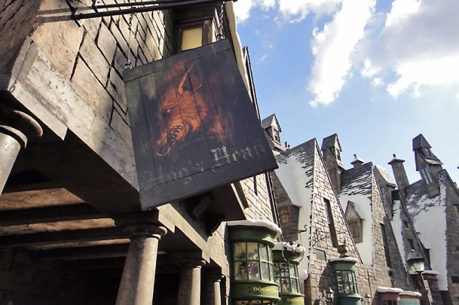 hogs-head-at-harry-potter-world