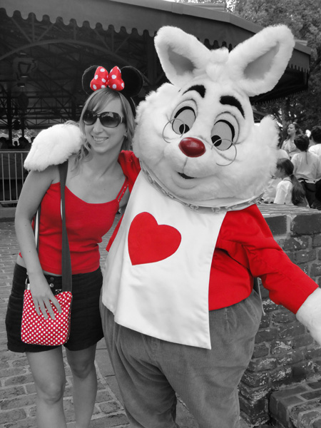 white-rabbit-magic-kingdom