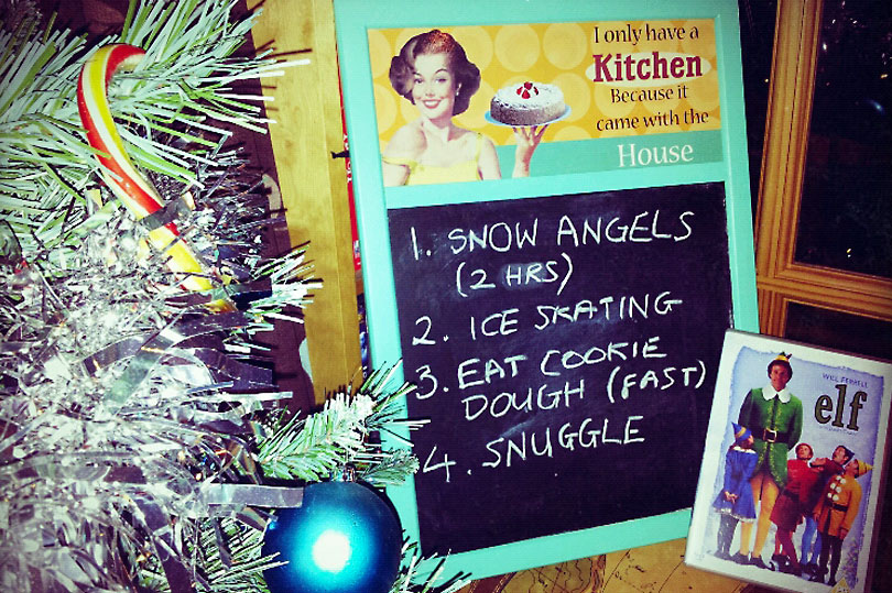 How to: host your own Elf movie night