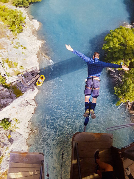 Bungy jumping on the Kawarau Bridge in Queenstown, New Zealand