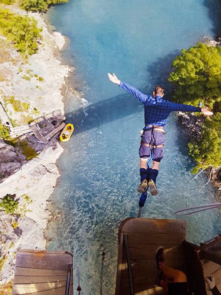 Bungy jumping on the Kawarau Bridge in Queenstown, New Zealand