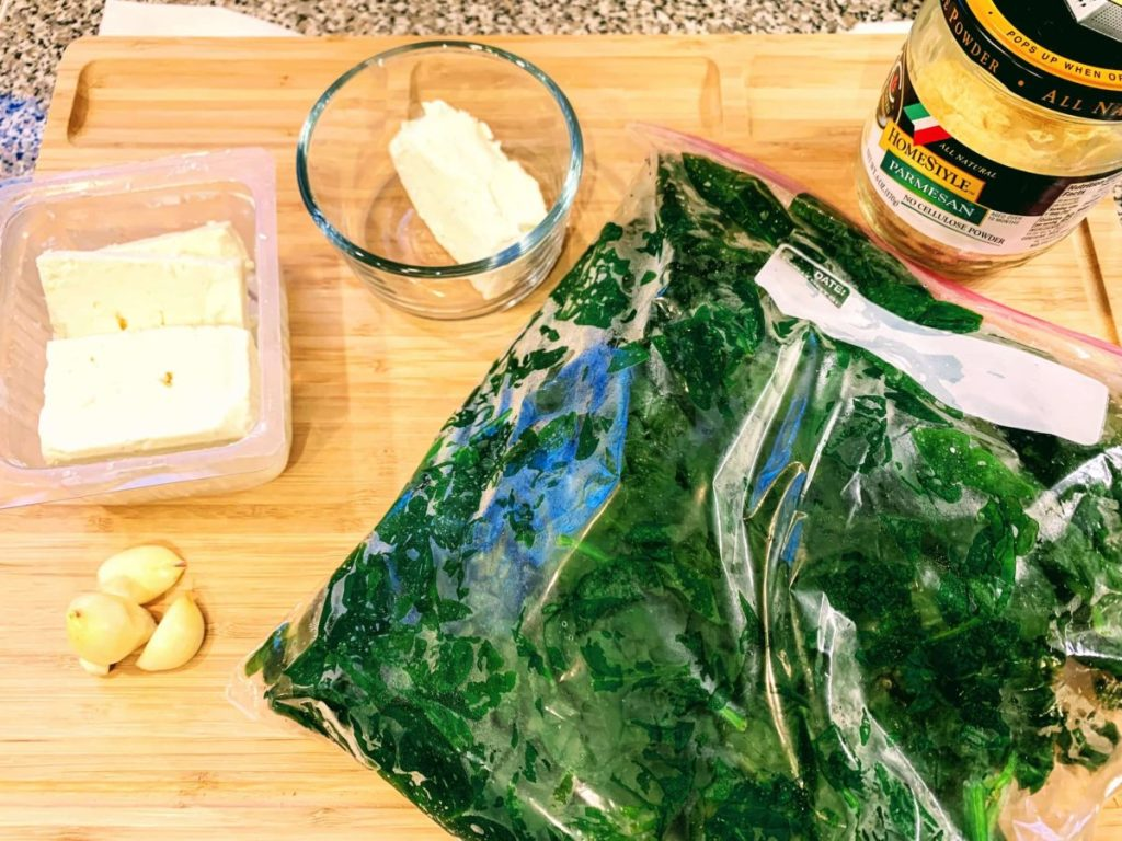 Pasta with Spinach Cream Cheese Sauce_ingredients