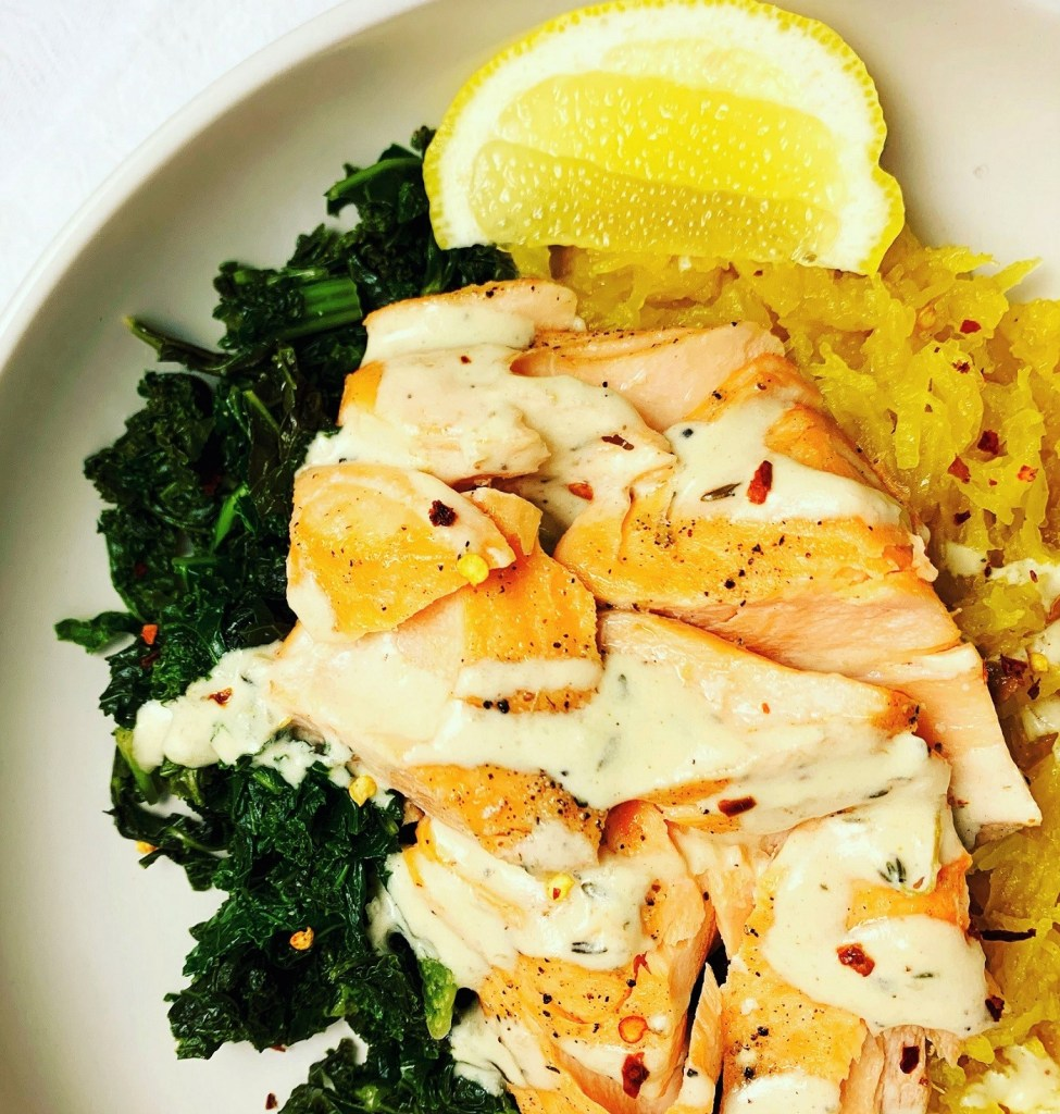 Baked Salmon with Creamy Lemon Thyme Sauce_topview_1400px_edited
