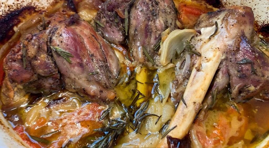 Simple Succulent Roasted Braised Lamb Shanks_roasted braised lamb shanks topview_1200px