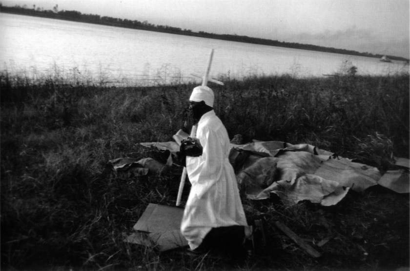 Fotografía © Robert Frank. Rio Mississipi, Baton Rouge, Louisiana, 1955