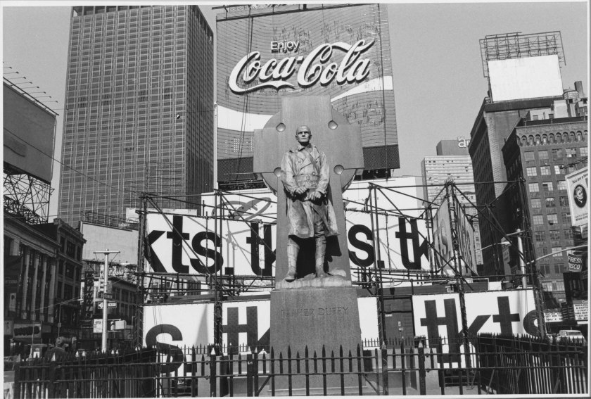 Fotografía © Lee Friedlander. New York City, 1974