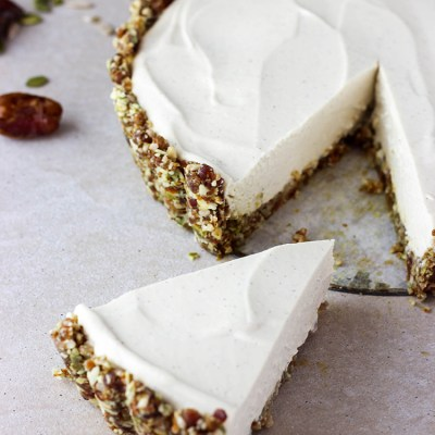 Lime and vanilla vegan cheesecake.