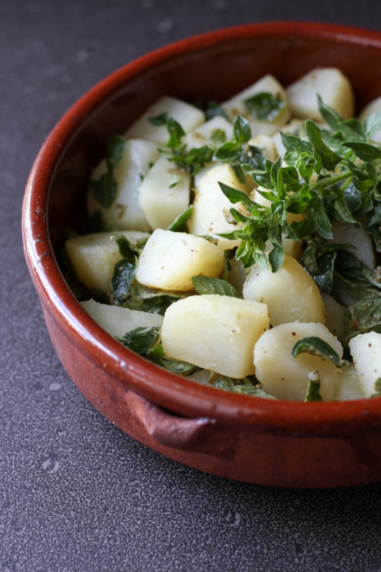 Potato and fresh oregano salad.