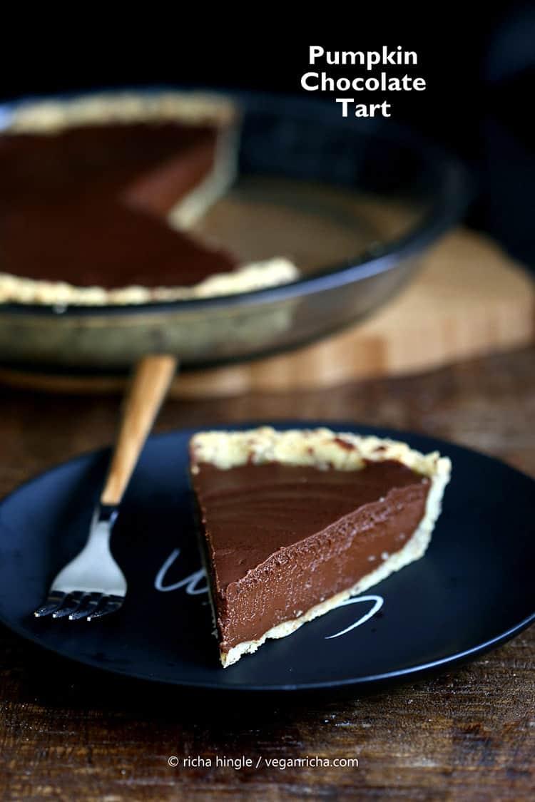 Pumpkin chocolate tart (vegan and gluten free).