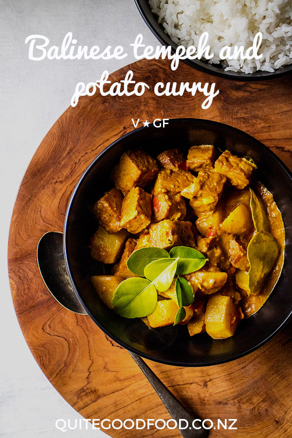 A fragrantly spicy vegan Balinese tempeh and potato curry, with a made from scratch curry paste (or traditional base gede). Gluten free.