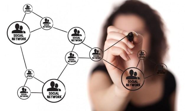 ¿Debe mi empresa estar en redes sociales?