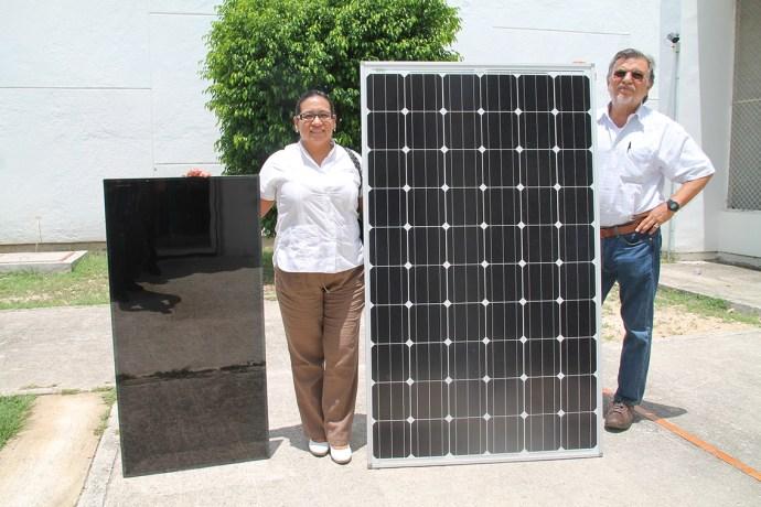 A la izquierda, celda solar de segunda generación y a la derecha, las convencionales