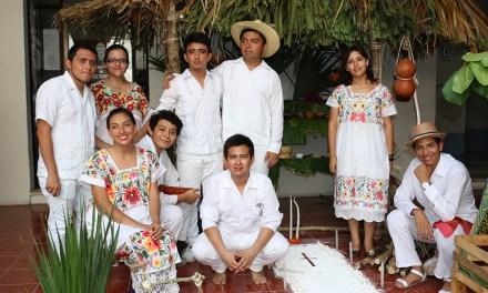 Universitarios fortalecen cultura y tradiciones