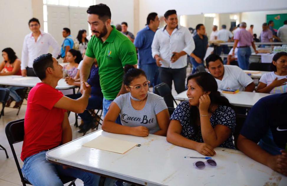 Becas Sejuve, opción para continuar la formación académica