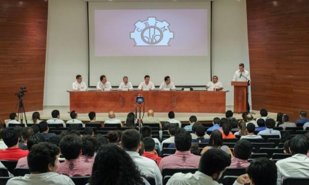 Toma protesta el Capítulo Estudiantil de Mecatrónica de la UADY