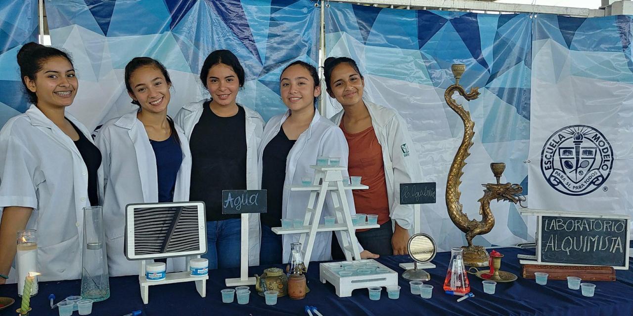 Ingenio y Creatividad en la Feria de Ciencias de la Escuela Modelo