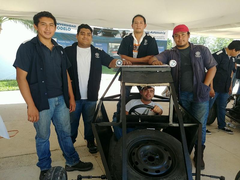 Slingshot. Construcción de un vehículo no motorizado con los procesos de soldadura, lijado, enmasillado y pintura. 2° IAM