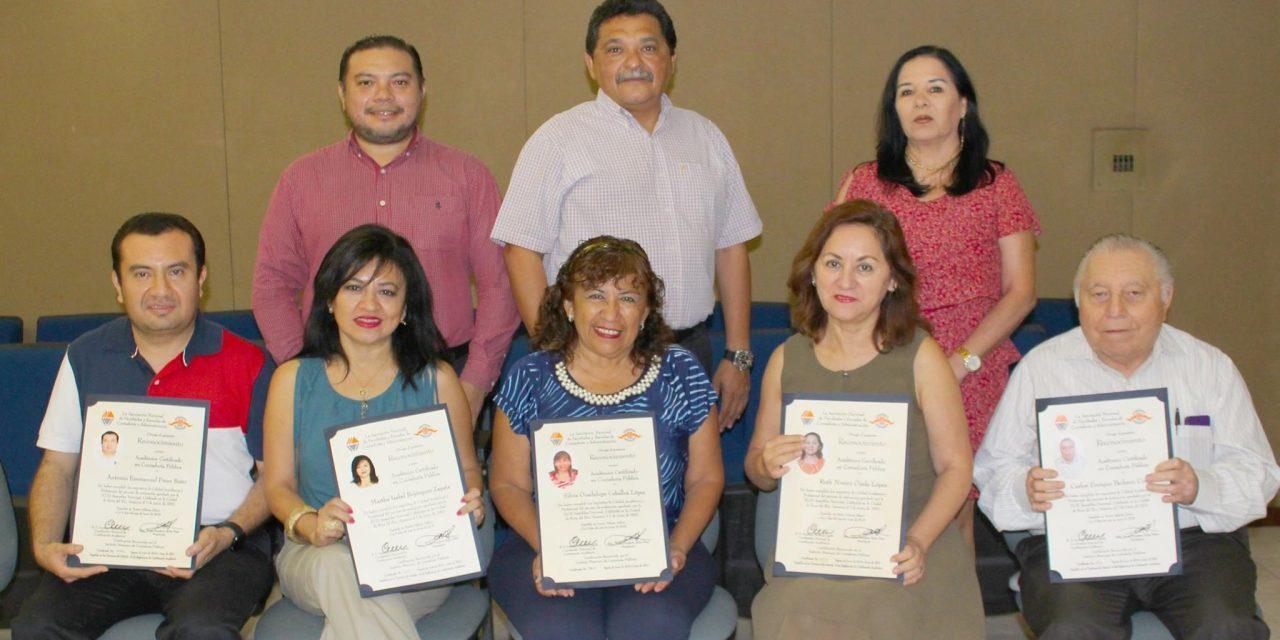 ANFECA certifica a profesores de la UADY