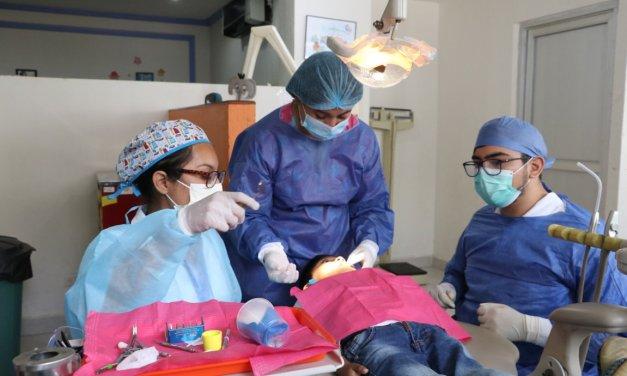 La Facultad de Odontología adquiere equipos de primera generación