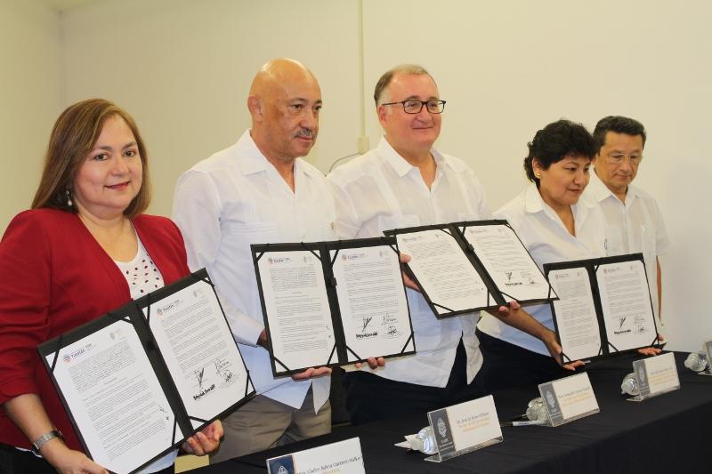 UADY y SIIES firman convenio de colaboración