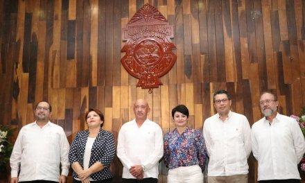 José de Jesús Williams rinde protesta como Rector de la Uady para el período 2019-2022