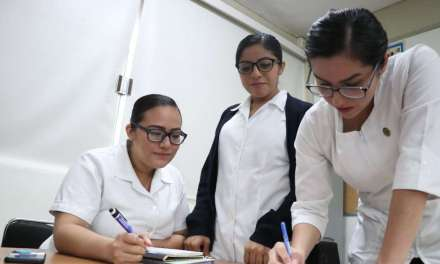 La Facultad de Enfermería recibe a especialistas en salud mental