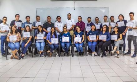 Alumnos de Ingeniería Biomédica reciben certificación del curso Protección Radiológica y seguridad.