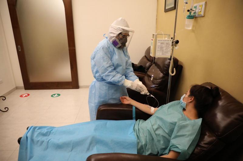 Gobierno del Estado e investigadores yucatecos desarrollan ensayos clínicos para tratamiento y control de la pandemia del Coronavirus