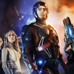 "The CW Greenlights The Arrow & Flash Spinoff Series, ""DC's Legends of Tomorrow"""