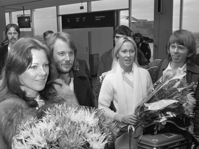 Which ABBA Song Should You Dance To Right Now?   QuizLady