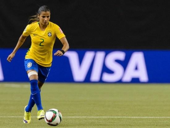 foto da jogadora de futebol Fabiana Karla