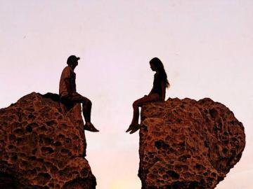 imagem que representa o amor proibido de um casal