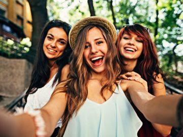 selfie de três amigas