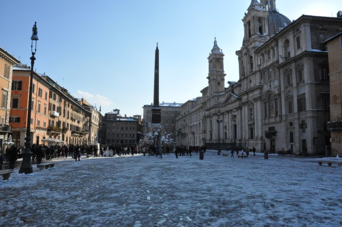 Navona Square by QuodLibet bed and breakfast in Rome with snow